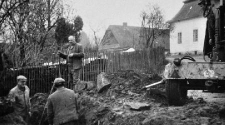 Rok 1970 - Stavba kanalizace v obci